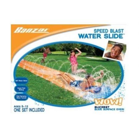 Banzai tapis de glisse toboggan eau piscine avec jet d 39 eau for Piscine hors sol avec toboggan