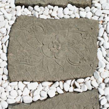 2 Pas japonais en pierre volcanique sculpté fleur 60x50cm - WANDA-COLLECTION 149.00 ManoMano
